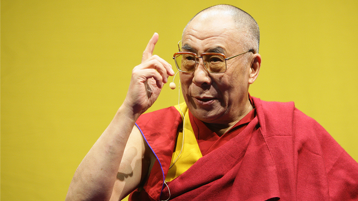 Далай-лама считает эпидемию COVID-19 следствием накопленной кармы