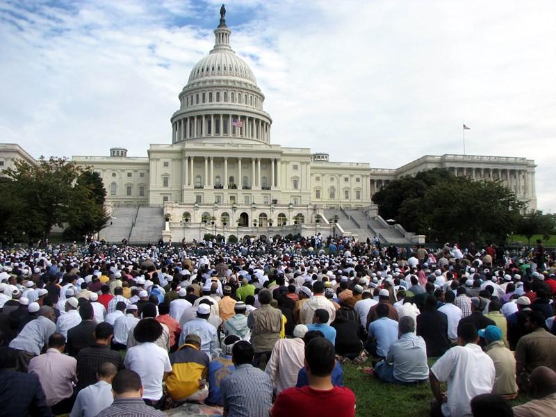 Защитники прав мусульман в США приветствовали отмену ограничений на въезд