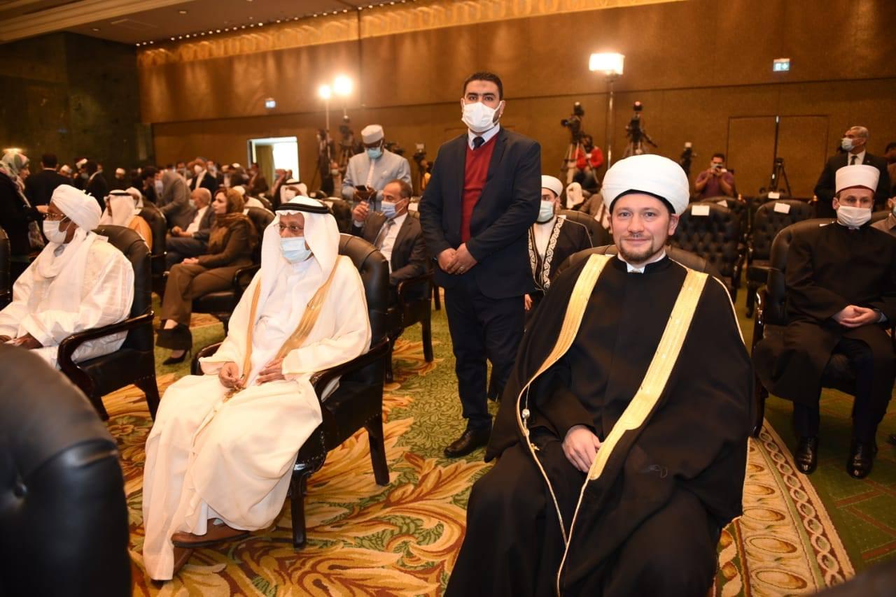 Делегация ДУМ РФ участвует в конференции по диалогу культур под эгидой президента Египта