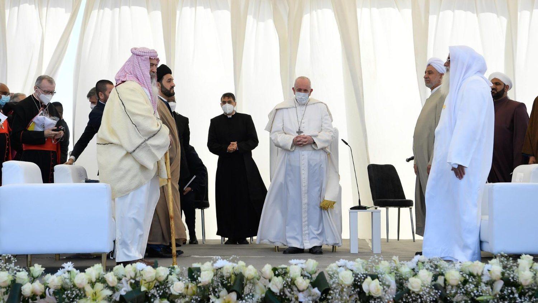 В Ираке верующие трех религий вознесли молитву детей Авраама