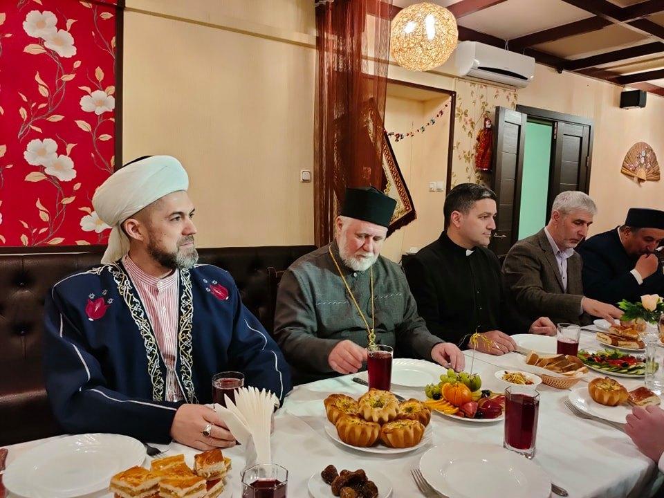 В Ульяновске состоялся межрелигиозный ифтар