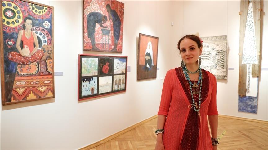 Российская художница пропагандирует турецкую культуру в Москве