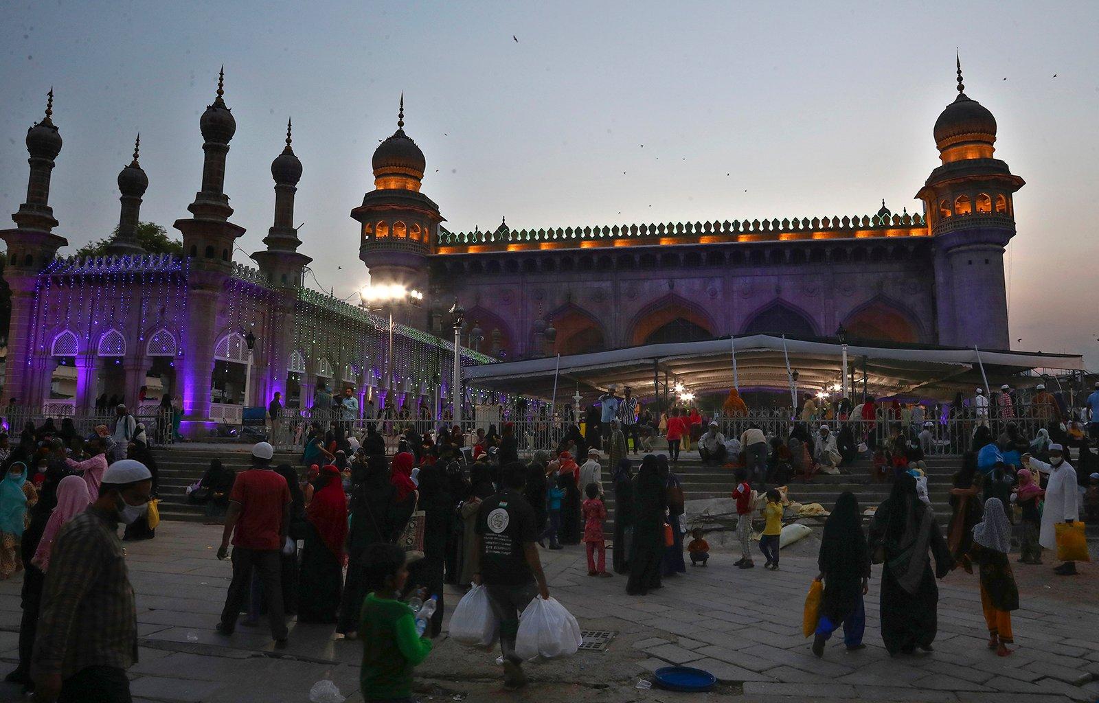 В Индии индусы постятся в Рамадан ради солидарности с друзьями-мусульманами