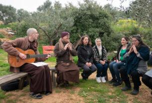 Тит Нат Хан о мире между палестинцами и израильтянами