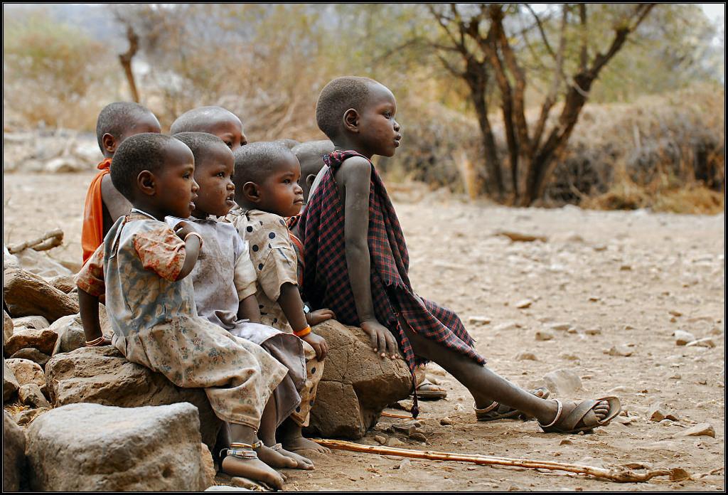 Католики и буддисты призывают помнить о проблемах вакцинации в Африке