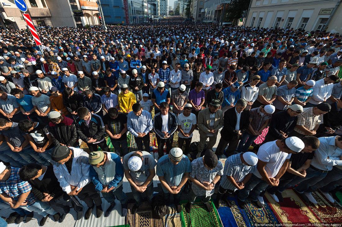 Православный активист борется за права мусульман на строительство мечетей