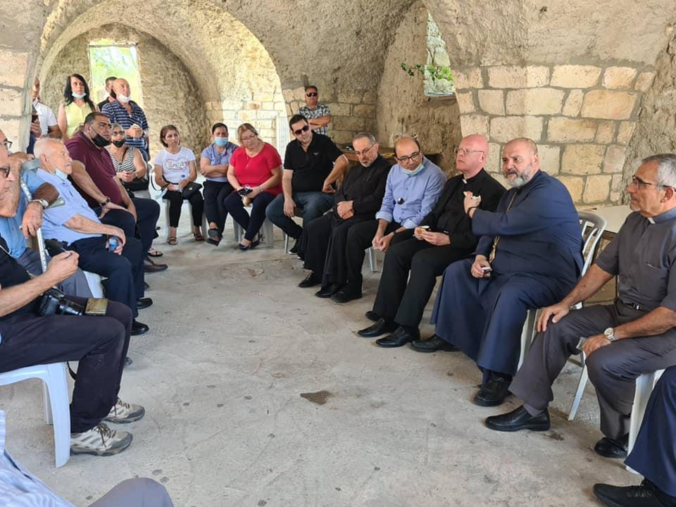 Представитель Ватикана встретился с лишенными крова израильскими арабами