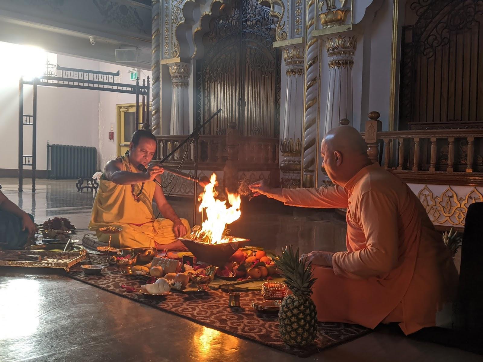 Дистанционные таинства в кришнаизме