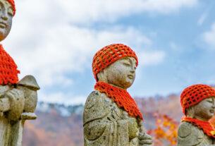 Буддисты предлагают срединный путь в споре об абортах